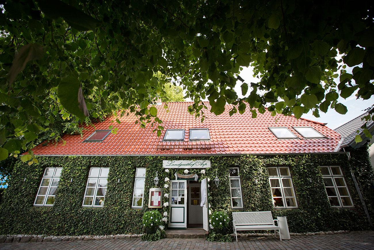 Heiraten im Landgasthof Arp - Neudorf Bornstein- Hochzeitsfotograf Kiel002