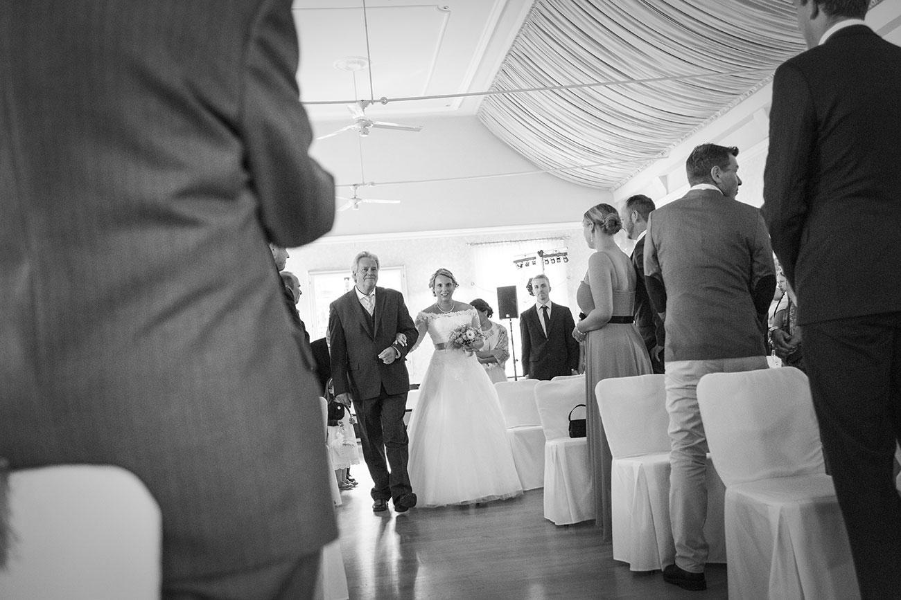 Heiraten im Landgasthof Arp - Neudorf Bornstein- Hochzeitsfotograf Kiel009