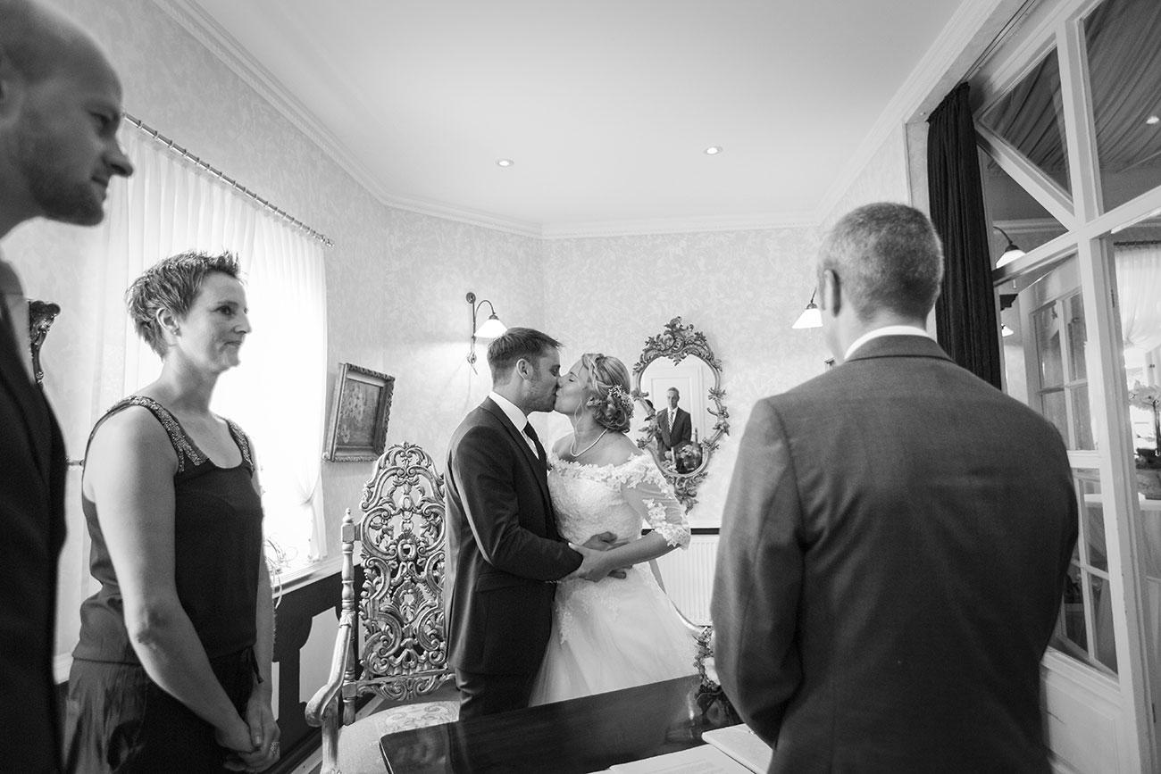 Heiraten im Landgasthof Arp - Neudorf Bornstein- Hochzeitsfotograf Kiel012