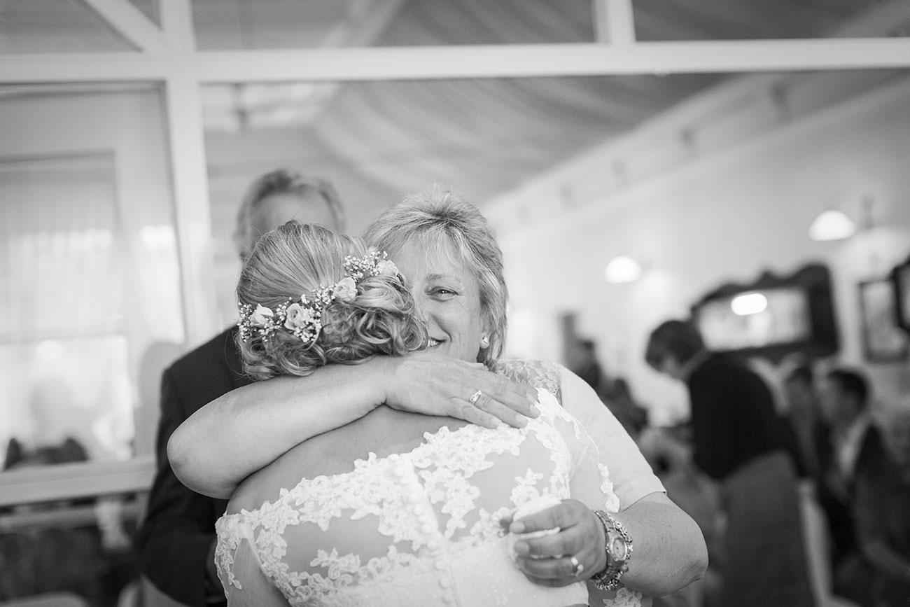 Heiraten im Landgasthof Arp - Neudorf Bornstein- Hochzeitsfotograf Kiel019
