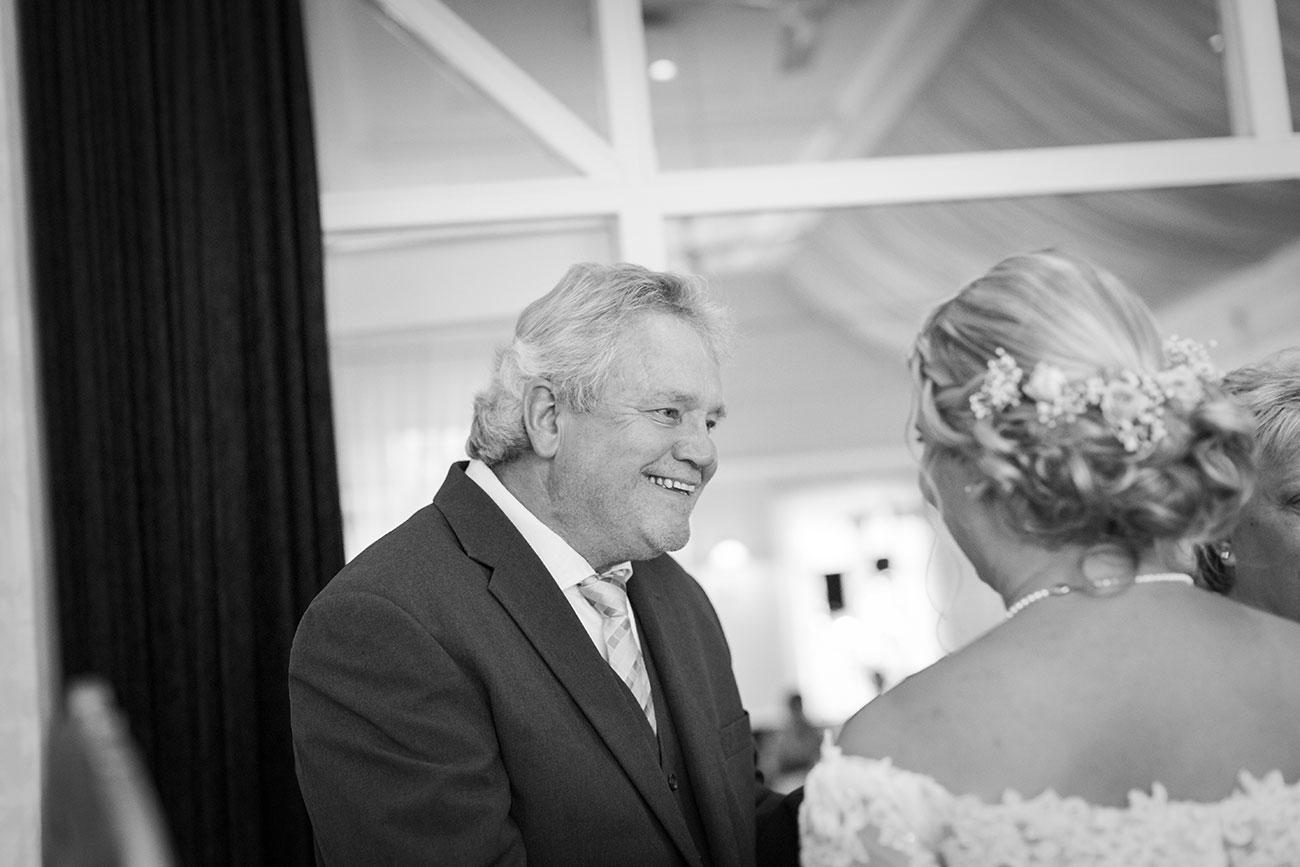 Heiraten im Landgasthof Arp - Neudorf Bornstein- Hochzeitsfotograf Kiel020