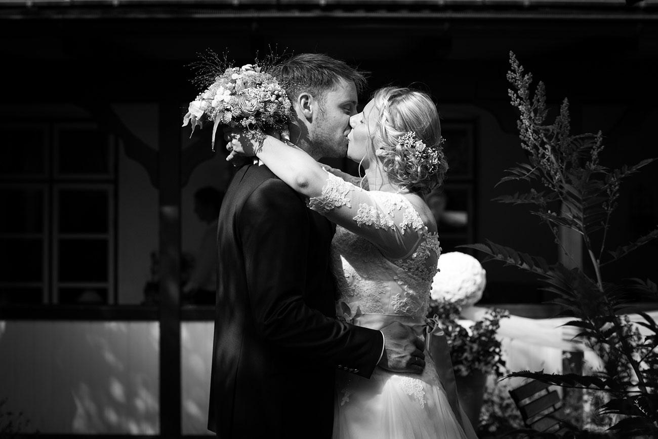 Heiraten im Landgasthof Arp - Neudorf Bornstein- Hochzeitsfotograf Kiel026