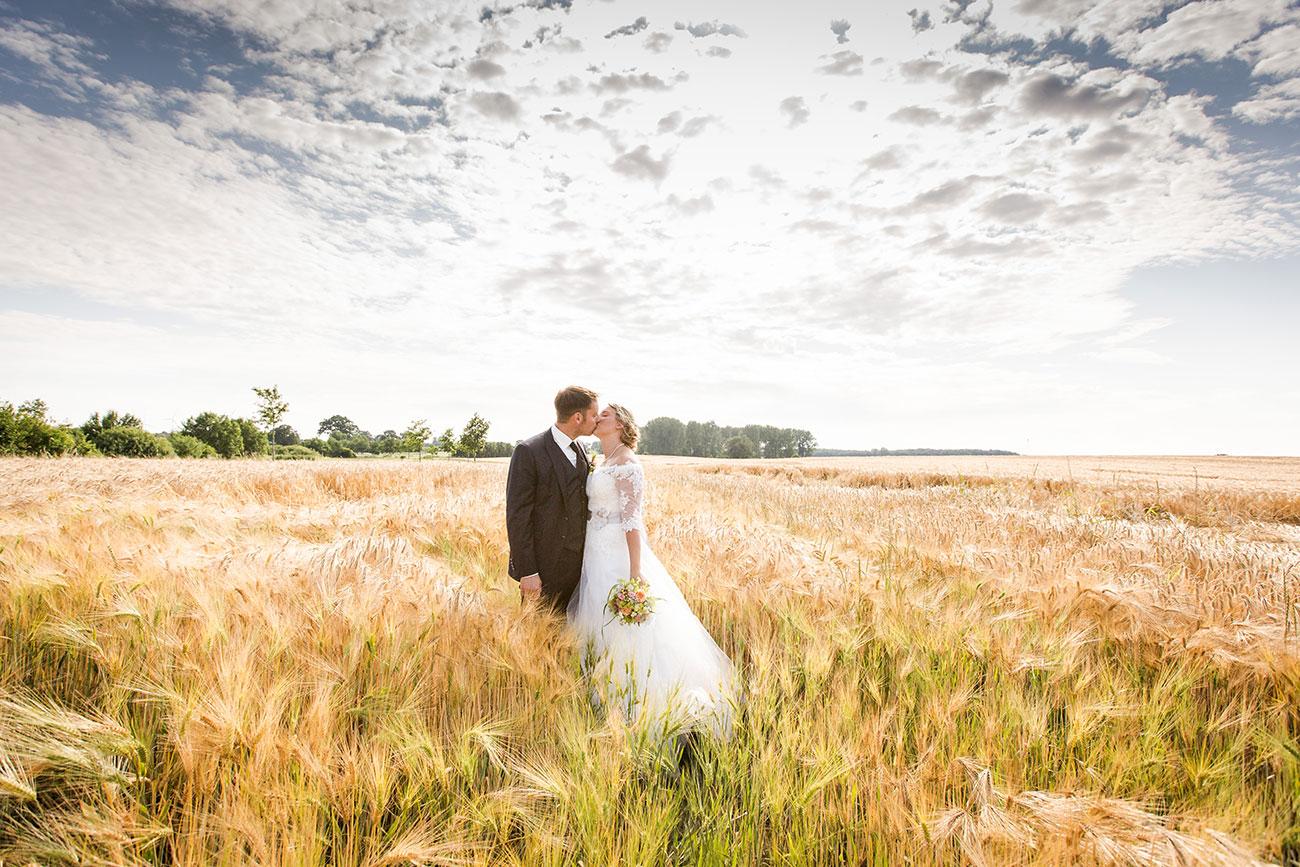 Heiraten im Landgasthof Arp - Neudorf Bornstein- Hochzeitsfotograf Kiel043