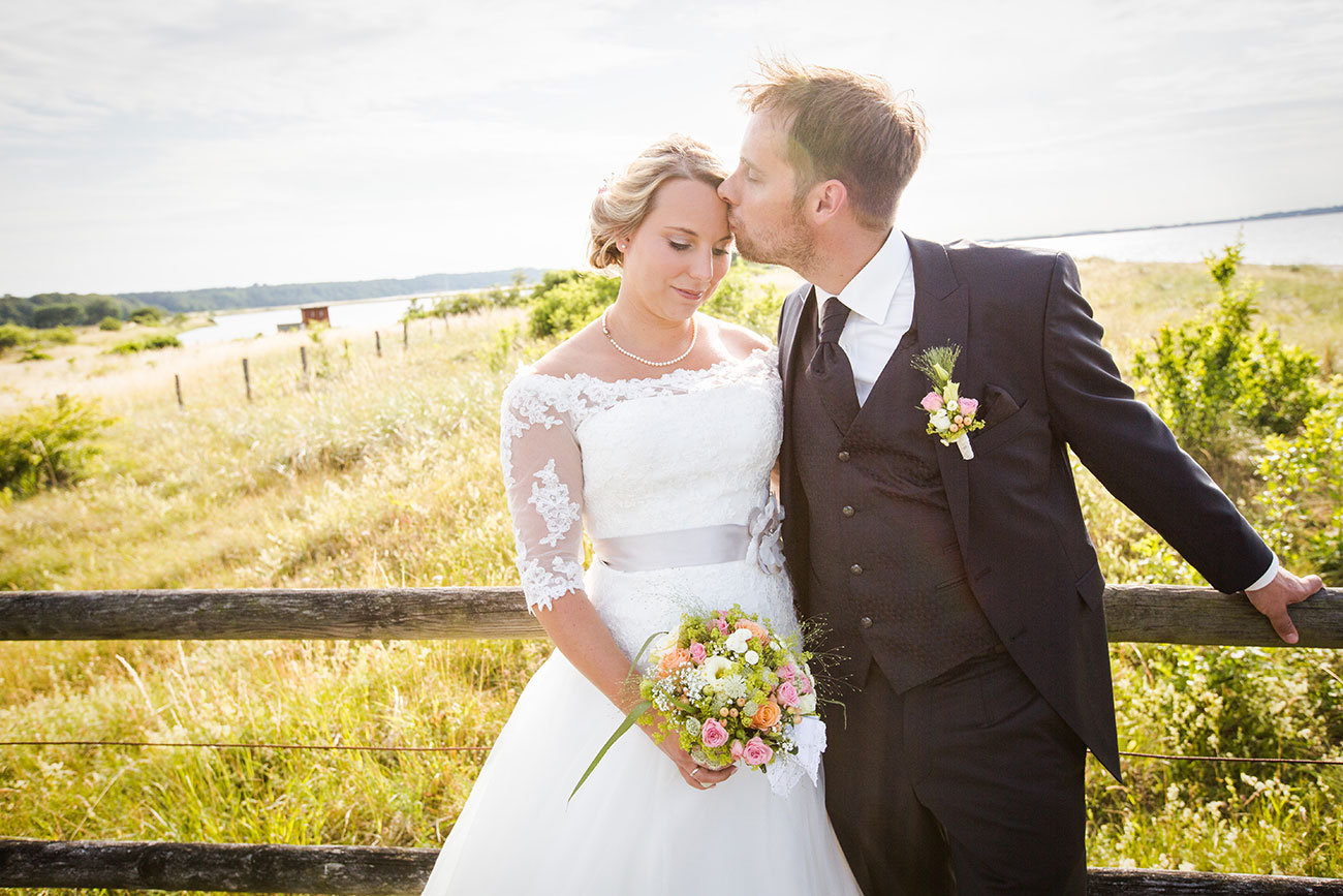 Heiraten im Landgasthof Arp - Neudorf Bornstein- Hochzeitsfotograf Kiel055